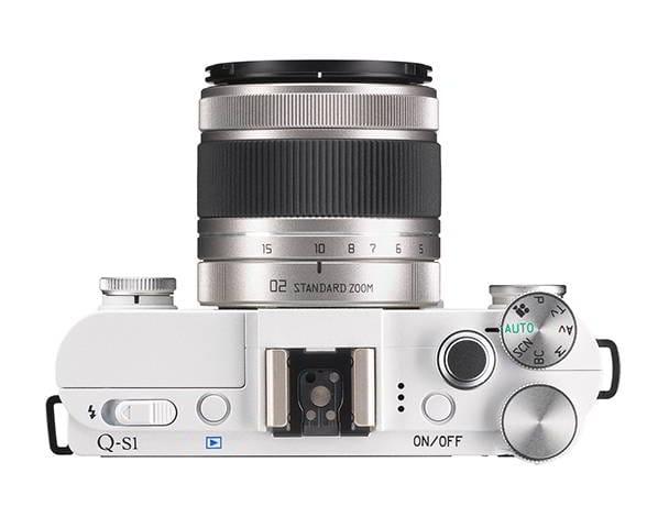 Q-S1 Bianco + 5-15mm f/2.8-4.5