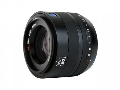TOUIT 32mm f/1.8 FUJIFILM X