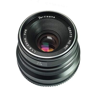 25mm f/1.8 x Fuji BLACK