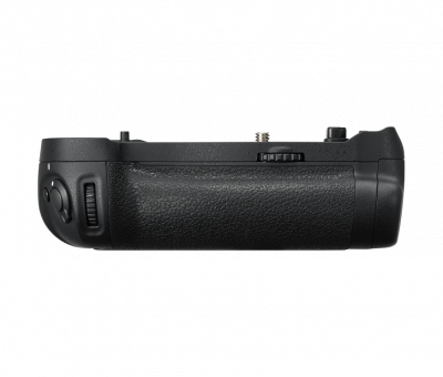 MB-D18 Multi-power battery Pack x D850