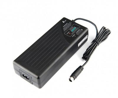 C1200P Caricabatteria per Sistema Flash AD1200 Pro